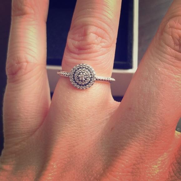 55e3d68d68167 Pandora Radiant Elegance Ring Silver